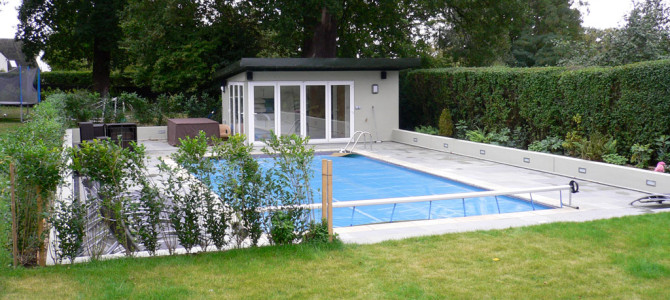 Swimming Pool and Summer House, Beckenham BR3
