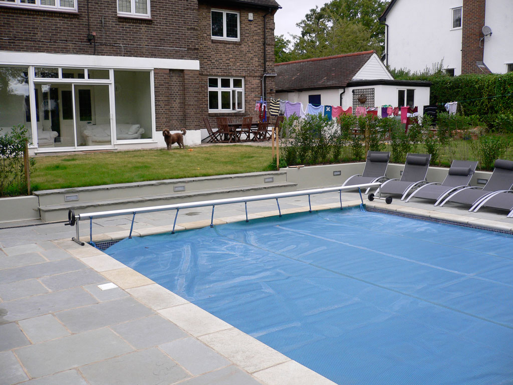 Swimming Pool And Summer House Beckenham Br3 Croft Se